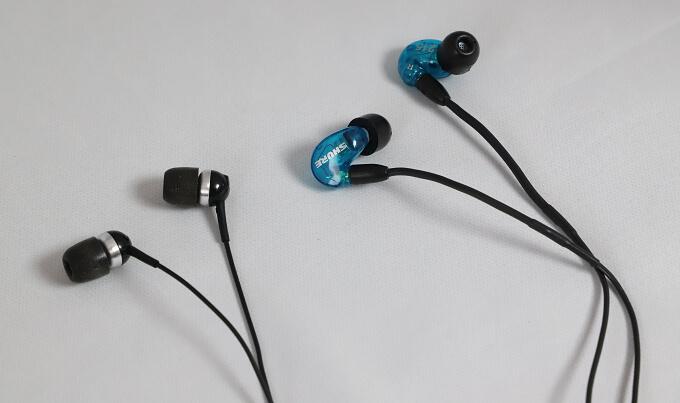 SE215 Special EditionはCX100よりも足音が聞きやすい